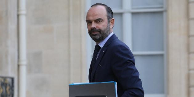 """Édouard Philippe promet une """"hausse massive de la prime d'activité"""" dès le 5 février."""