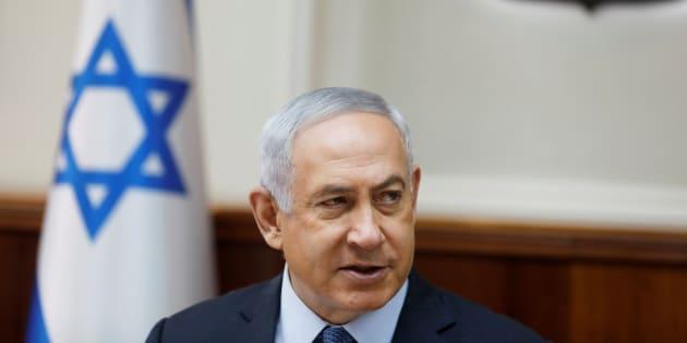 Israeli Prime Minister Benjamin Netanyahu attends the weekly cabinet meeting in Jerusalem September 10, 2017. REUTERS/Ronen Zvulun