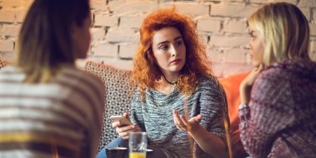 Conversas produtivas sobre suicídio podem ajudar a combater o estigma e possivelmente a salvar uma vida.