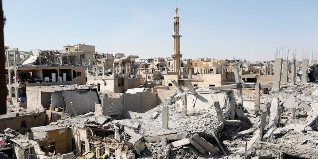 Edificios destrozados tras los ataques contra el Estado Islámico en Raqqa (Siria), en una imagen del pasado 19 de agosto.