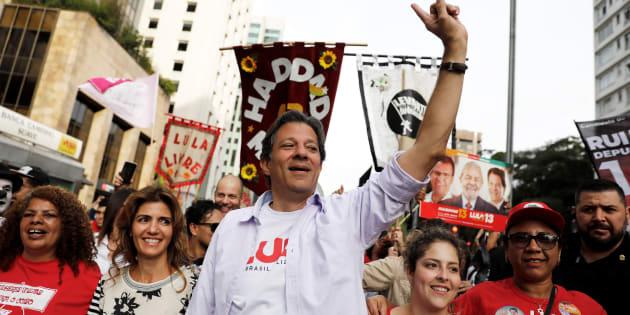 Fernando Haddad (PT) empata numericamente com Jair Bolsonaro (PSL) em simulação de 2º turno.