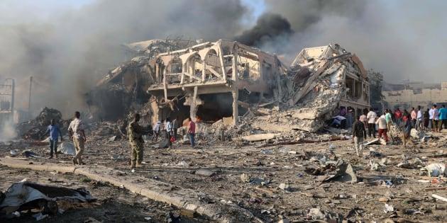 Somalia, esplode camion bomba a Mogadiscio, oltre 50 vittime