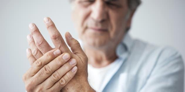 Veja 7 sinais das suas mãos para prestar atenção a sua saúde: