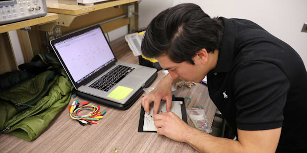 Brian Caballero, ingeniero eléctrico que llegó a Estados Unidos, de Guadalajara, cuando tenía 6 años.