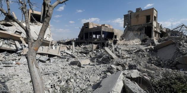 Les ruines d'un centre scientifique de Damas suite aux frappes occidentales.