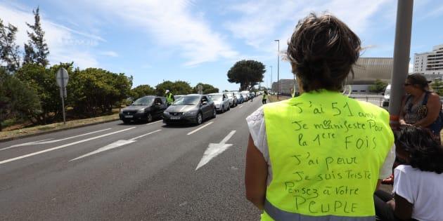 Avec le hashtag #Balancetongiletjaune, les internautes dénoncent les dérives des manifestants (Photo d'illustration).