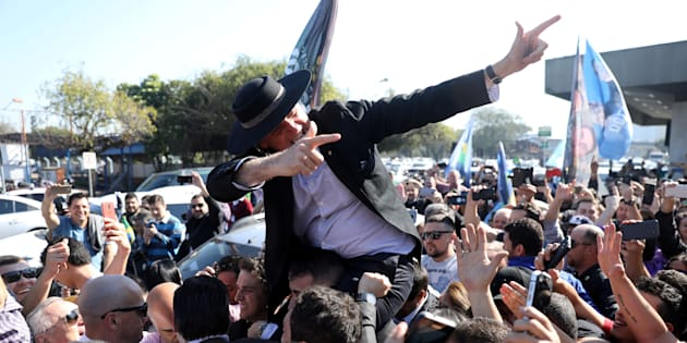 """""""Policiais precisam ter certeza que serão protegidos por retaguarda jurídica"""", diz plano de Bolsonaro."""