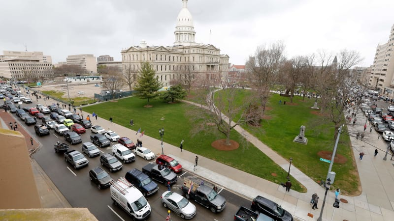 Thousands in cars protest Michigan governor's coronavirus social distance order