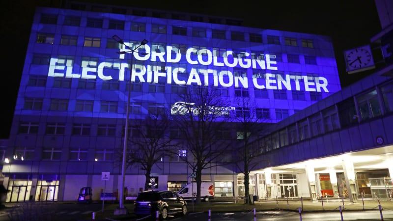Ford обещает, что к 2030 году его автомобили в Европе будут электрическими