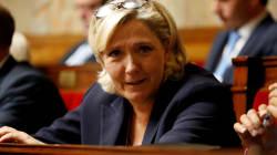 Le Pen demande aux gilets jaunes de ne