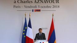 Macron salue en Aznavour un poète devenu
