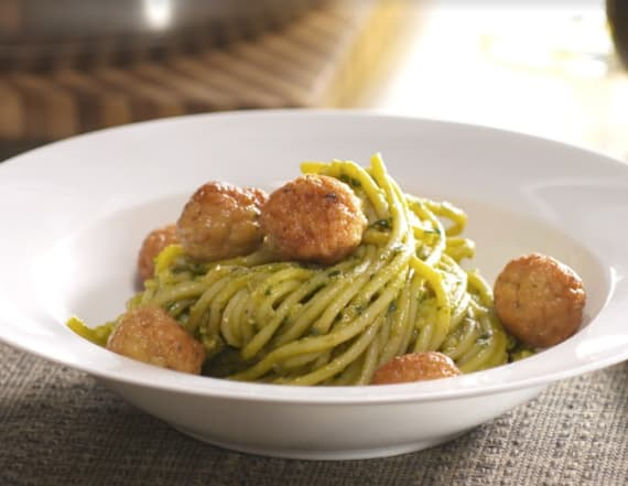 Best Bites: Creamy avocado basil pesto spaghetti