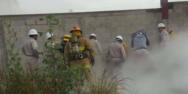 La toma clandestina se realizó en un ducto ubicado en la calle Tlaltepango esquina 104 Poniente, colonia Villa Frontera, al norte de Puebla.