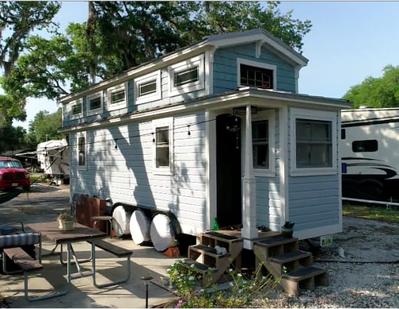 A tiny Bungalow in Sarasota is a home away form home