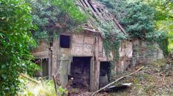 Ils ont fait de cette ruine une maison ultra