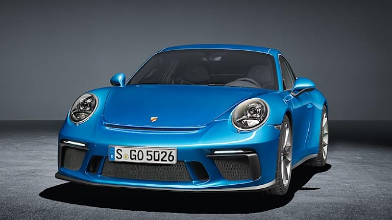 GT3 with Touring Package celebrates its world premiere at the IAA