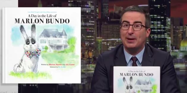 """Co-écrit par John Oliver, """"A Day in the Life of Marlon Bundo"""" est en tête des ventes de livres pour enfants sur Amazon."""