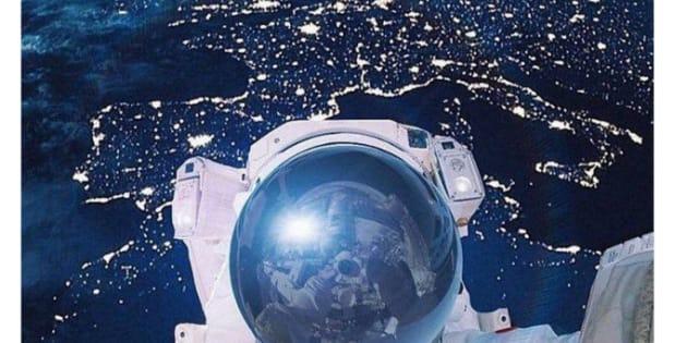 Ce selfie dans l'espace avec la France en arrière-plan est un faux (et ce n'est pas Thomas Pesquet)