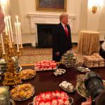 En plein shutdown, Trump offre le McDo à ses invités à la Maison