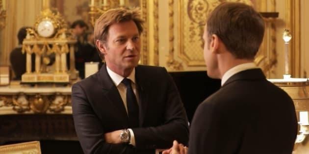 """""""Brosse à reluire"""", """"ORTF""""... l'entretien Macron/Delahousse n'a pas convaincu l'opposition"""