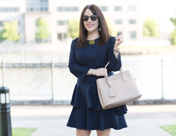 Street style tip of the day: Navy ruffle dress
