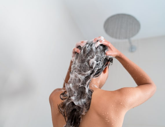 This anti-thinning shampoo helps removes impurities