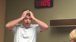 La loca reacción de un padre de tres niñas al nacer su primer