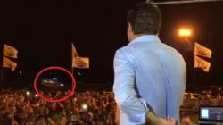 Passa l'ambulanza, Salvini interrompe il comizio: