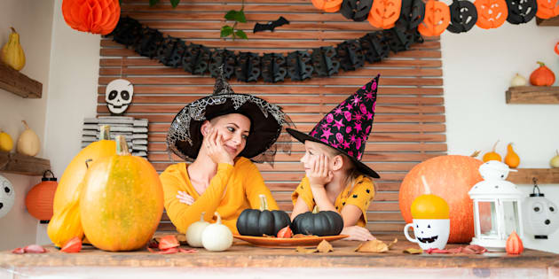 676c05b9a05d Small Pumpkin Decorating Ideas To Get Kids In The Halloween Mood ...