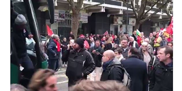 Coupe Davis: la manifestation Lilloise contre les ordonnances Macron bloquée par les joueurs de l'équipe de France