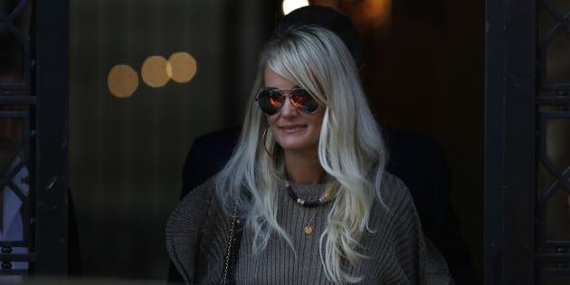 Laeticia Hallyday après son arrivée à Paris le 9 octobre