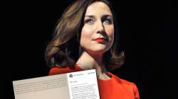 Elsa Zylberstein publie ses excuses après sa garde à vue pour délit de