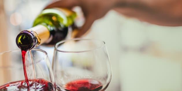 Os cientistas estudaram os efeitos do álcool em cobaias vivas.
