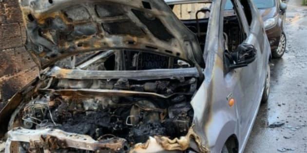 """Mafia, incendiata a Palermo auto attivista di Libera. Ma lei non arretra: """"Fiamme non fermeranno la ..."""