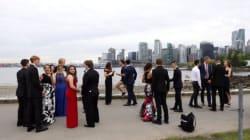 Así fue como Justin Trudeau se coló en una foto de graduación en