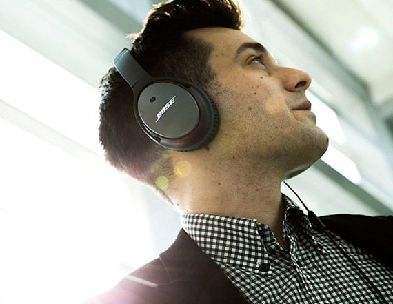 Save $174 on Bose noise cancelling headphones