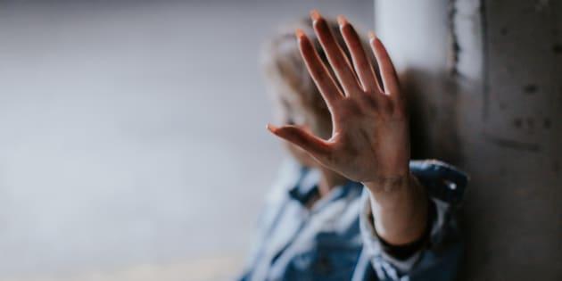 Milano, tassista abusivo stupra una cliente di 20 anni. L