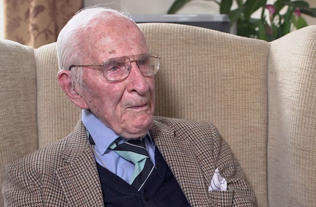 This 107-year-old British doctor is still practicing medicine and publishing articles