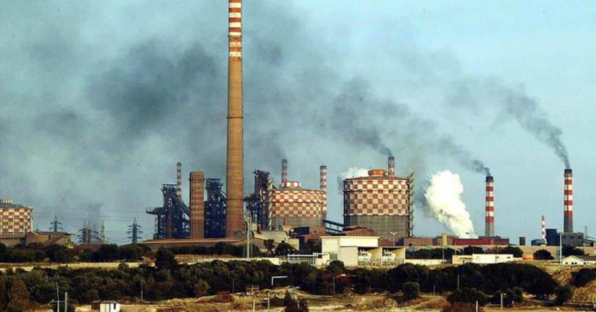 A Taranto le emissioni continuano a uccidere