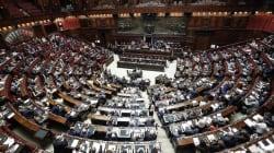 Il lavoro parlamentare è un lavoro dipendente? Da chi? Forse dalla Casaleggio Associati o da
