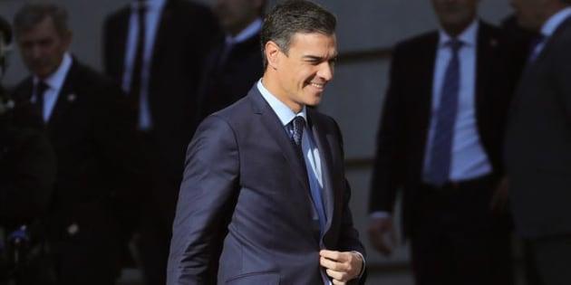 El presidente del Gobierno, Pedro Sánchez, a su llegada al Congreso de los Diputados para celebrar la conmemoración del 40 aniversario de la Constitución.