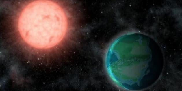 Rappresentazione artistica del pianeta roccioso Proxima b vicino alla sua stella, Proxima Centauri, a 4,5 anni luce dalla Terra