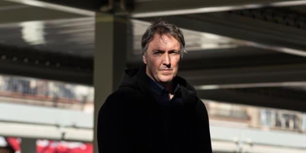 El escritor Carlos Zanón, este martes en Barcelona.