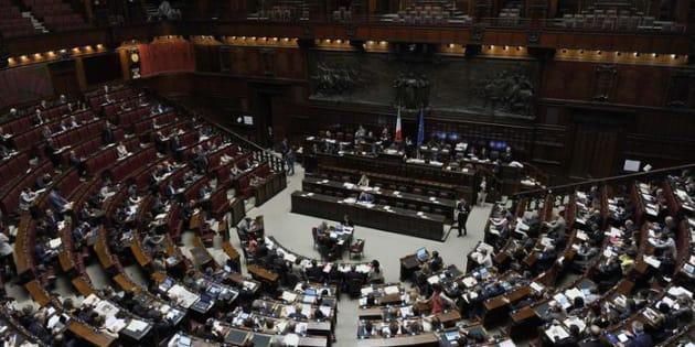 """Luigi Di Maio: """"Pronto ddl per tagliare 345 parlamentar"""