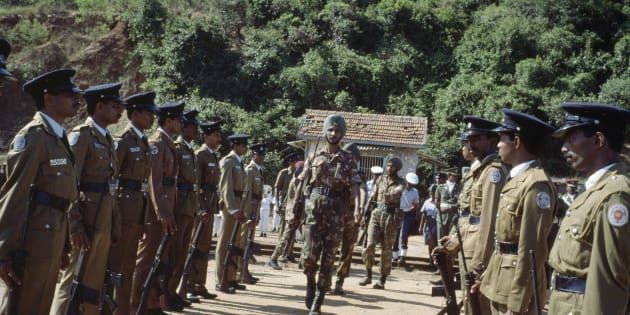 TRINCOMALEE, SRI LANKA: Indian Army soldiers from the Indian Peacekeeping Forces, IPKF, prepare to withdraw on March 20, 1990 after three years of trying to end the Sri Lankan civil war.