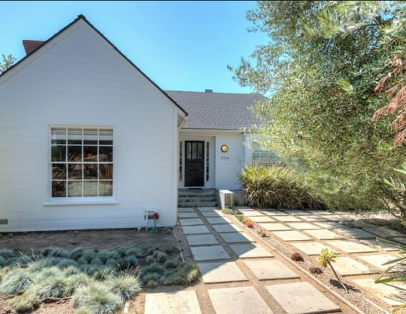 'Rizzoli & Isles' alum seeks renter for LA cottage