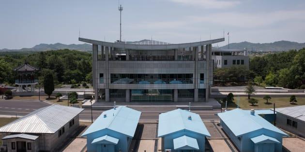 """Si la Corée du Nord et la Corée du Sud engagent des discussions, ce sera dans cette """"maison de la paix"""" à la frontière"""