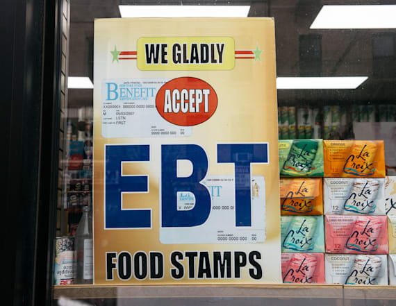Governors ask to drop food stamp rules amid pandemic