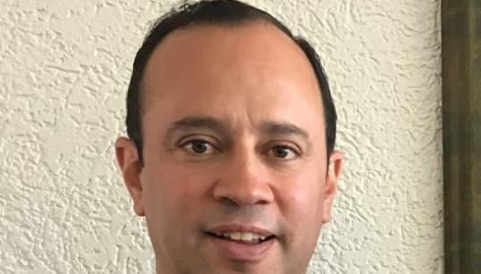 Renuncia sacerdote director del Instituto Cumbres tras escándalo