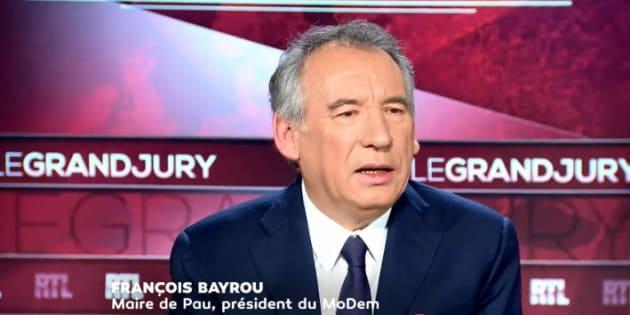 """François Bayrou exprime son """"malaise"""" après avoir la tribune signée par Catherine Deneuve"""